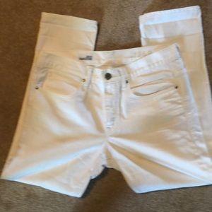 Gap white boyfriend jeans size 28/6